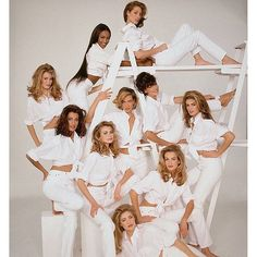 2016/06/28 07:20:51 welcome.back.to.the.80s_90s Supermodels shot by Patrick Demarchelier for the cover of Vogue US (1992) #backintheday #tb #patrickdemarchelier #supermodelsofthe90s #christyturlington #naomicampbell #claudiaschiffer #yasmeenghauri #lindaevangelista #karenmulder #nikitaylor #cindycrawford #tatjanapatitz #elaineirwin #beautiful #love #legend #photoshoot #picofthenight #beauties #topmodels #hairstyle #white #cult