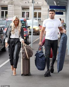 Love Island's Molly-Mae Hague and Tommy Fury are in good spirits as they leave their London hotel Good Spirits, London Hotels, Love Island, Social Media Influencer, Celebrity Couples, Issa, Travel Style, Mail Online, Daily Mail