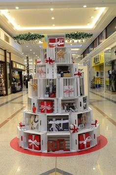 Westfield Whitford City Christmas Gift Card Tree by Christmas Tree Village Display, Christmas Shop Displays, Gift Shop Displays, Christmas Booth, Craft Show Displays, Store Displays, Christmas Trees, Stall Display, Window Display Retail