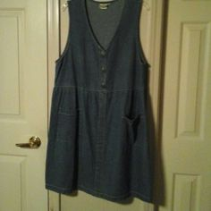 Denim dress Fun short sleeve denim dress by Match made in the USA - never worn 100% Cotton Dresses Midi