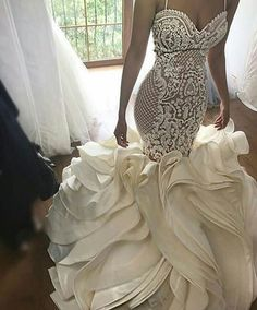 USA Replications of Wedding Dresses - Inspired Designer Evening Gowns We make replications of designer wedding dresses. Get close recreations of celebrity gowns & dresses inspired Haute Couture dress designers. Dream Wedding Dresses, Bridal Dresses, Wedding Gowns, Prom Dresses, Custom Wedding Dress, Wedding Bride, Lace Wedding, Wedding Venues, Wedding Rings