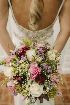 #ramosdenovia #fabianluquefotografia #fotografoscordoba #noviaselegantes #fotografosdeboda #noviascordoba #boda #ramosnaturales #novias Wedding Bouquets, Brides, Wedding