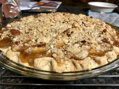 This bourbon pear pie with a crumble topping is super easy, delicious, perfect fruit dessert to bring to a family gathering, Thanksgiving dinner, or even for a cozy night in. Sweet Bourbon, Caramel Pears, Pear Pie, Joy The Baker, Pie Crumble, Gluten Free Pie, Streusel Topping, Deep Dish, Stuffed Peppers