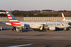 https://flic.kr/p/EmXcBR | N792AN / American Airlines / Boeing 777-223ER / Narita Airport