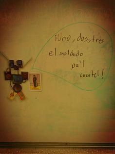 """""""¡Uno, dos, tres, el soldado pa'l cuartel!"""" with @PaikBot in @teoria3, by @leonyberry"""