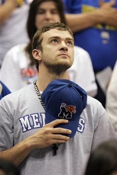 just look at his eyes *sigh* Justin Timberlake My Love Justin Timberlake, Memphis Basketball, Memphis Tennessee, Memphis Grizzlies, Memphis Tigers, Beautiful Boys, Hello Gorgeous, Beautiful People, My Kind Of Town