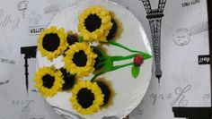 Sunflowers cupcakes