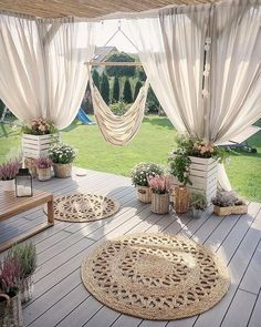 Backyard Patio Designs, Backyard Projects, Barbacoa Jardin, Outdoor Rooms, Outdoor Decor, Backyard Makeover, Porch Decorating, Home And Garden, Decks