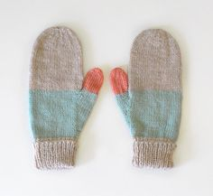 Mittens No 14 by SarahMcNeil on Etsy Crochet Mittens, Knitting Socks, Hand Knitting, Knit Crochet, Knitting Patterns, Wrist Warmers, Hand Warmers, Yarn Projects, Knitting Projects