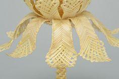 Ostereier - Osterei aus Stroh mit Ständer - ein Designerstück von EthnischeGeschenke bei DaWanda