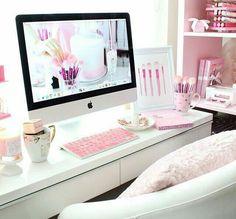 Dreamhouse: Office.