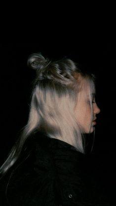 Billie eilish all lyrics - bad guy - wattpad Billie Eilish, Pretty People, Beautiful People, Videos Instagram, Photographie Portrait Inspiration, Album Cover, Art Anime, Aesthetic Images, American Singers