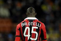 Balotelli torna in Premier League e aspetta Destro