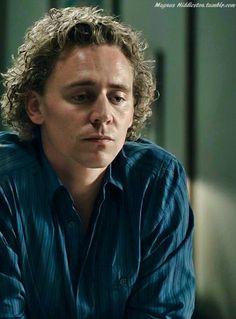 tom hiddleston | Source: magnus-hiddleston , via songsofcatharsis )