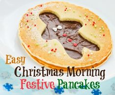 These Festive Christmas Pancakes are the perfect Christmas morning breakfast. You will need a great pancake recipe or if you are feeling especially relaxed you can use a ready made pancake batter. Christmas Pancakes, Christmas Breakfast Casserole, Gingerbread Pancakes, Christmas Morning Breakfast, Christmas Brunch, Christmas Treats, Xmas, Christmas Foods, Holiday Dinner