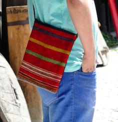 Turkish Rug x Hand Woven Konya Kilim Shoulder Bag 24 x 29 cm Turkish Kilim Rugs, Rugs On Carpet, Free Crochet, Purses And Bags, Messenger Bag, Hand Weaving, Crochet Patterns, Shoulder Bag, Live