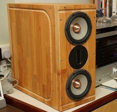 Chopping block turned into speaker case. Nice! http://www.ikeahackers.net/2017/01/lamplig-diy-hi-end-speaker.html