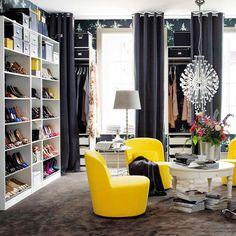 ¿Quién no ha querido tener alguna vez el vestidor de Carrie Bradshaw o Serena Van Der Woodsen? Te presentamos 21 ideas que te harán querer reformar tu dormitorio para conseguirlas. ¡Que se preparen los fashionistas!