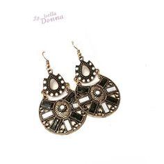 La Bella Donna - Γυναικεια σκουλαρικια μακρια με λευκες και μαυρες πετρες Crochet Earrings, Jewelry, Fashion, Moda, Jewlery, Jewerly, Fashion Styles, Schmuck, Jewels