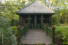 Detached screened deck on pinterest screened porches for Detached screened porch plans