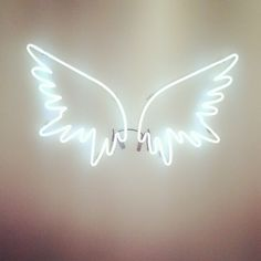 NEON 'WINGS' SIGN ๑෴MustBaSign෴๑