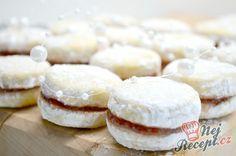 Vanilkové pánve s marmeládou. Macaroons, Dory, Doughnut, Christmas Cookies, Cake Recipes, Recipies, Cheesecake, Food And Drink, Butter