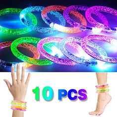 2win2buy [10 PCS] LED Bracelet en Acrylique Bracelet Lumineux Clignotant Bâton Fluorescent Décoration de Fête Noël Nouvel An Anniversaire…