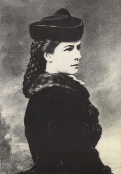 Elisabeth of Austria, photo by Emil Rabending (1867)