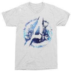 Marvel rajongó vagy?!😍 Csekkold le a pólóinkat a weboldalon   #bosszúállók #kedvenc #best #ajándék #ajándékötlet #amerikakapitány #pókember #vasember Avengers Team, Team Logo, Logos, Mens Tops, T Shirt, Marvel, Products, Supreme T Shirt, Tee Shirt