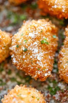 Parmesan Chicken Bites - The best chicken nuggets you will ever have - crisp-tender and completely homemade with Parmesan goodness! - An old recipe, but I didn't want to forget it Chicken Bites, Chicken Nuggets, Cooking Recipes, Healthy Recipes, Healthy Foods, Mets, Clean Eating Snacks, I Love Food, Carne