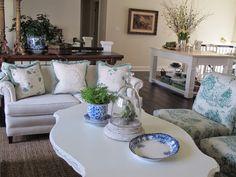 Acorn Lane Vintage Living Period Living, Acorn, Wedding Blog, Throw Pillows, Bed, Vintage, Home, Toss Pillows, Tassel