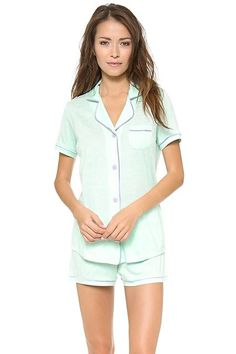 Cool,+Cozy+Pajamas+For+A+Night+In+—+Or+Out+#refinery29+http://www.refinery29.com/stylish-pajamas#slide-0