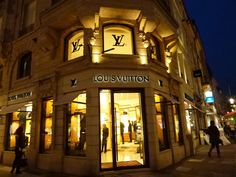 """""""LOUIS VUITTON"""" Luxembourg Central, Luxembourg"""