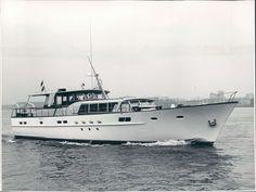Marquis Yachts, Viking Yachts, Azimut Yachts, Princess Yachts, Classic Yachts, Classic Boat, Big Yachts, Yacht Fashion, Sport Yacht