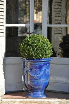 Vase d Anduze Tradition couleur bleue émaillée D.90cmxH.105cm – Poterie de  la Madeleine - Tek Import  www.tekimport.fr f7bcf71cca8a
