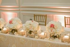 From the talented photographer Lara Rios, is this Coral Gables wedding that is pretty, chic and timeless.