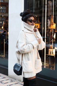 #winterfashion #oversizedjumper #jumper #turtleneck #whiteandblack #streetfashion #luxe #thighboots #bunlife #london #ootd