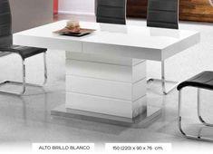 Mesa de comedor moderna extensible fabricada en fibras de madera y lacada en blanco brillo.