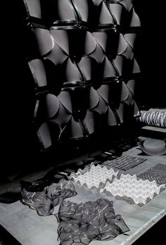 Tekstiili16 - Performative Compositions by Oldouz Moslemian & Martin Genet, photo credit Eeva Suorlahti 2016