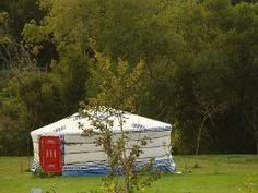 la yourte du camping de la Fontaine du Hallate dans le golfe du Morbihan (56) http://www.monique-solidaire.fr/camping-du-hallate.html