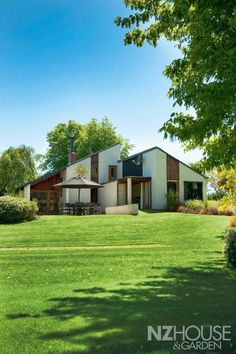 John scott B Architecture, New Zealand Architecture, John Scott, Garden News, Inside Outside, The Gables, Mobile Home, Out Of This World, Swimming Pools