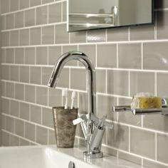 Fired earth tiles Downstairs Cloakroom, Loft Bathroom, Downstairs Toilet, Family Bathroom, Bungalow Bathroom, Washroom, Bathroom Flooring, Primitive Bathrooms, Holland Park