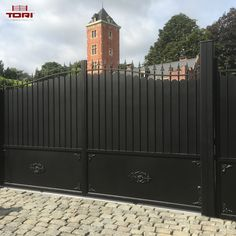 Portail aluminium coulissant tradition  www.toriportails.be