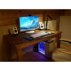 """489 Likes, 4 Comments - Mal - PC Builds and Setups (@pcgaminghub) on Instagram: """"What do you guys think of wooden style setups? This guy built his desk out of wood from a 1890's…"""""""