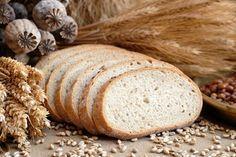 Viele Menschen sind gegen Gluten allergisch. Sie müssen aber nicht auf ein selbstgebackenes Brot verzichten. Hier ein Rezept für Glutenfreies Brot.