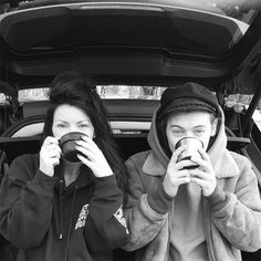 Harry Styles and his brown boots take mum Anne Twist out in Cheshire as One Direction take On The Road Again Tour break Styles Harry, Gemma Styles, Harry Edward Styles, Anne Cox, Liam Payne, Louis Y Harry, Harry Harry, Harry Potter, Holmes Chapel