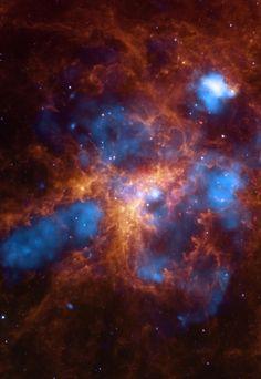 30 Doradus - The Growing Tarantula Nebula Within