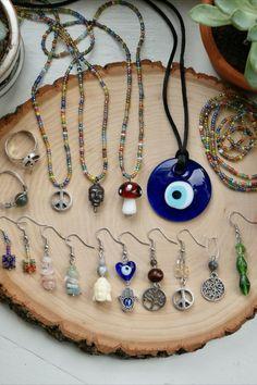 Grunge Jewelry, Funky Jewelry, Hippie Jewelry, Cute Jewelry, Diy Jewelry, Beaded Jewelry, Jewelry Accessories, Handmade Jewelry, Jewelry Making