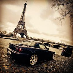 S2K on the quai...@Super Street   One day, we're gonna live in Paris, I promise...