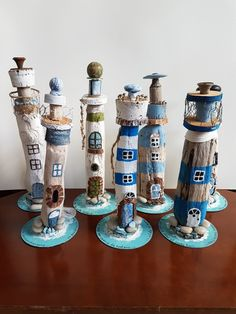 Farol da árvore - Deko Basteln und Co - Farol da árvore - Deko Basteln und Co - Beach Crafts, Summer Crafts, Diy And Crafts, Crafts For Kids, Driftwood Projects, Driftwood Art, Painted Driftwood, Driftwood Beach, Beach Wood